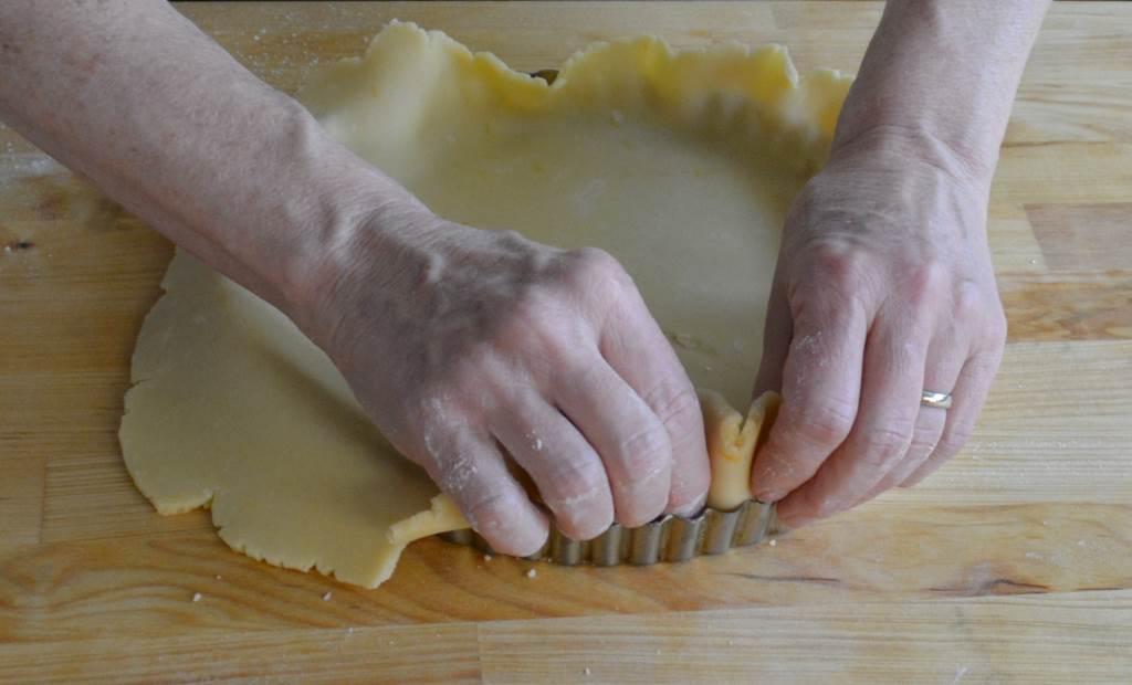 dough_to_pan_1