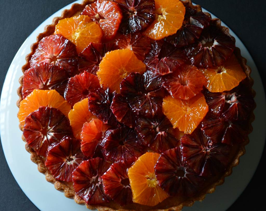 Painted-Tart-with-Blood-Oranges-whole-view