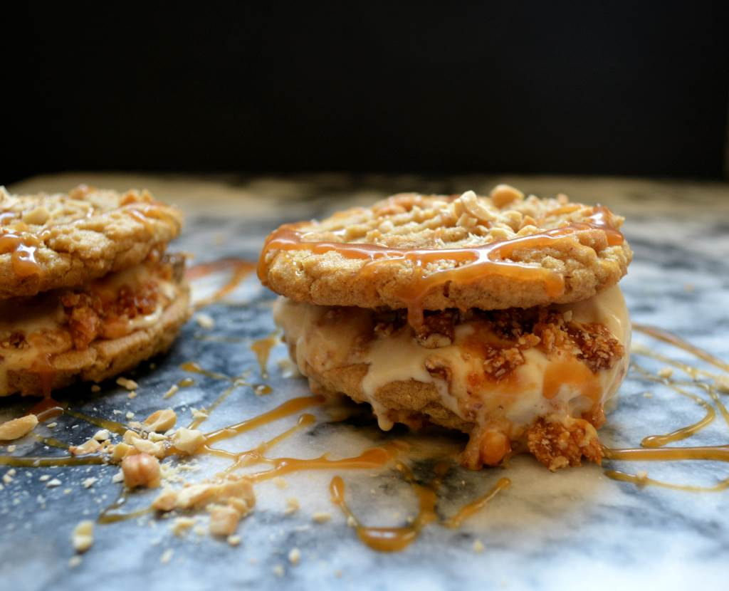 pair-of-Zaatar-Cashew-Brittle-Honey-Ice-cream-Sandwich