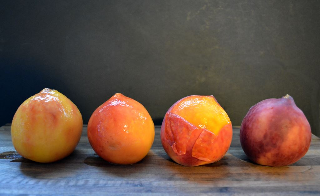 blanched-peaches-all-in-a-row