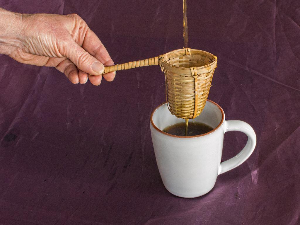 straining-lavender-chai